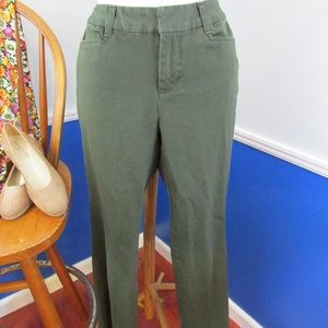 Casual Forest Green Flat Front Pants 4P